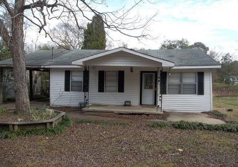 912 18th Avenue - Phenix City, Alabama 36867